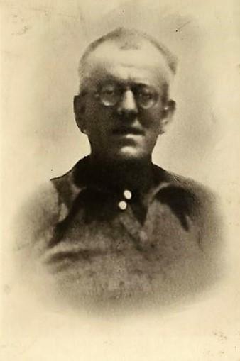 Agostino Pietrobuoni in una delle sue ultime foto. Fondo Fotografico ANPI, Istituto Parri Bologna.